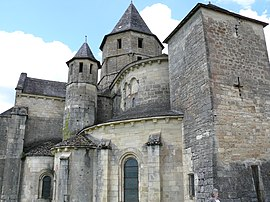 Saint-Robert - Eglise -1.JPG
