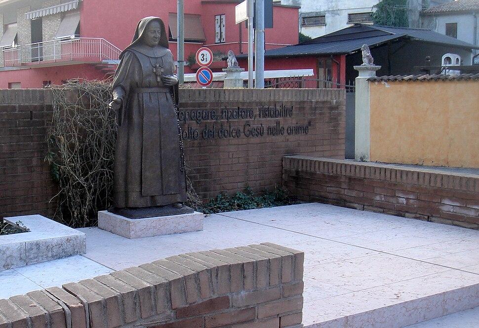 San Fior - Monumento alla beata Mastena