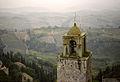 San Gimignano - Tuscan View (4249169926).jpg
