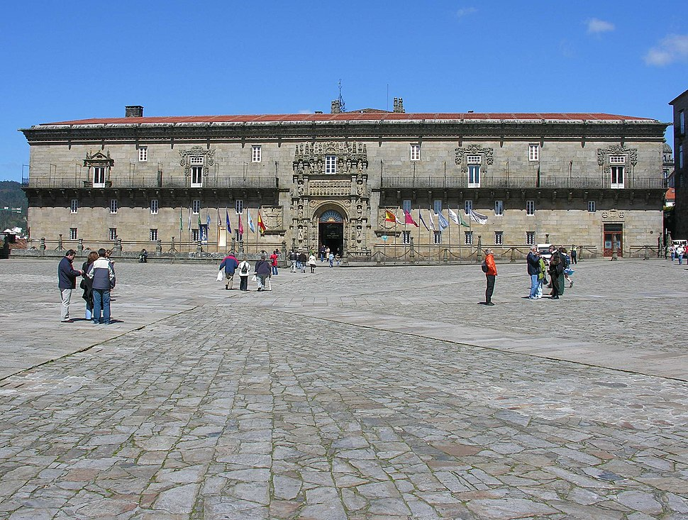 Hostal dos Reis Católicos e Praza do Obradoiro.