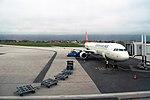 Sarajevo Airport Turkish-Airlines TC-JRO 2013-11-18 (3).jpg