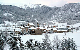 A view of the village of Selonnet, in winter