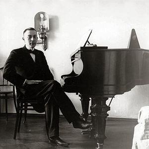 Blüthner - Image: Sergei Rachmaninoff, 1910s
