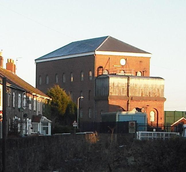 File:Severn Tunnel pump house, Sudboook.jpg