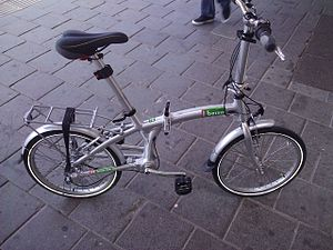 English: Shaft-driven folding bicycle
