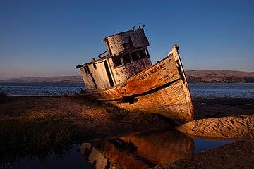 Ship Wreck near Point Reyes.jpg