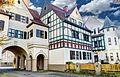 Siedlung Schievenfeld Gelsenkirchen. Siedlung der ehemaligen Zeche Graf Bismarck,ein markantes Torhaus als Auftakt. - panoramio (1).jpg