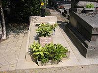 Pierre tombale Simone Signoret Yves Montand - Père Lachaise à Paris
