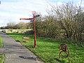 Signpost - geograph.org.uk - 125231.jpg