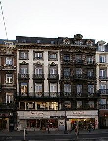 La casa natale di Simenon, a Liegi, al numero 26 di rue Léopold (oggi numero 24[5])