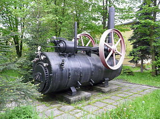 Semi-portable engine - Polish semi-portable engine with launch-type boiler