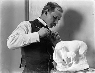 Solon Borglum - Borglum working, 1902