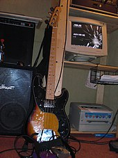 squier vintage modified precision bass, reproducing the look of the second  version