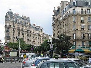 Saint-Mandé - At the line 1 metro station