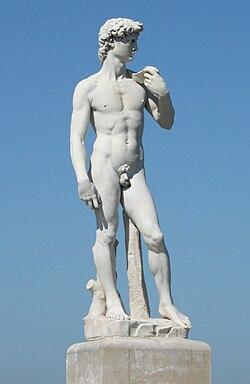 associations de mots..... - Page 17 250px-Statue_de_David_%C3%A0_Marseille