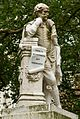 Statue of William Shakespeare 002.jpg