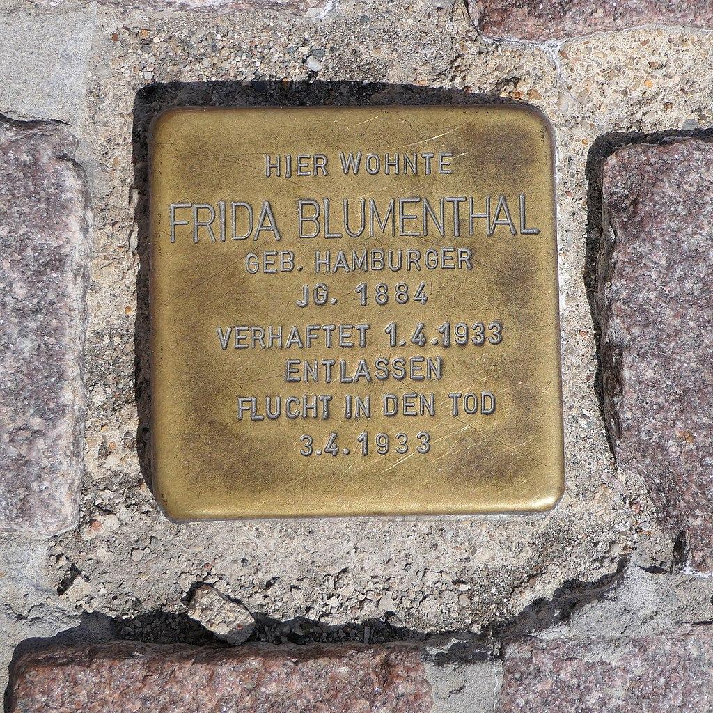Stolperstein für Frida Blumenthal, August-Bebel-Strasse 51, Meerane.JPG