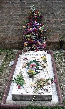 Stravinsky's grave on San Michele Island (Source: Wikimedia)