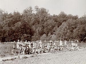 Ruskin Colony - Strawberry Pickers Ruskin Cooperative, 1897