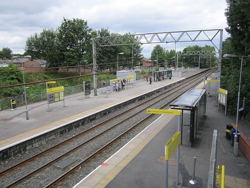 File:Stretford Metrolink station (7).JPG