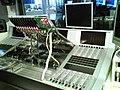 Studer Vista 8 opened, mesa de audio.jpg