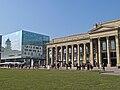 Stuttgart Kunstmuseum links und Königsbau rechts.jpg