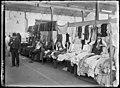 Sydney markets, by Rex Hazlewood, c. 1911-1916 (9909658836).jpg