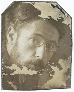 Tête de Bonnard (Portrait photograph of Pierre Bonnard), c.1899, Musée d'Orsay.jpg