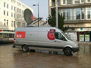 TV Sat Link Van outside Liverpool Crown Court