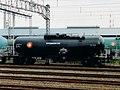 Taki 38095 bij station Negishi, ca. 1994.jpg