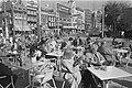 Terrasjes op Rembrandtplein in Amsterdam, Bestanddeelnr 933-6113.jpg