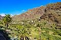 Terrassenfelder Berge im Tal Valle Gran Rey auf La Gomera, Spanien (48293850747).jpg