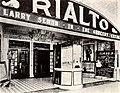 The Grocery Clerk (1919) - 4.jpg