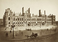 The Hötel de Ville after the Commune.jpg
