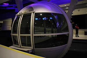 High Roller (Ferris wheel) - Image: The High Roller Cabin