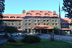 The Omni Grove Park Inn, 2013.jpg