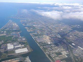 Tomakomai, Hokkaido - Aerial view of Tomakomai