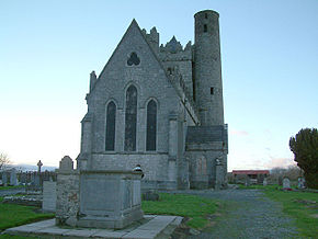 Tombs Around Lusk Church.jpg
