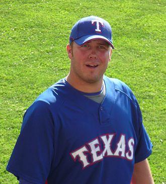Tommy Hunter (baseball) - Hunter with Texas Rangers