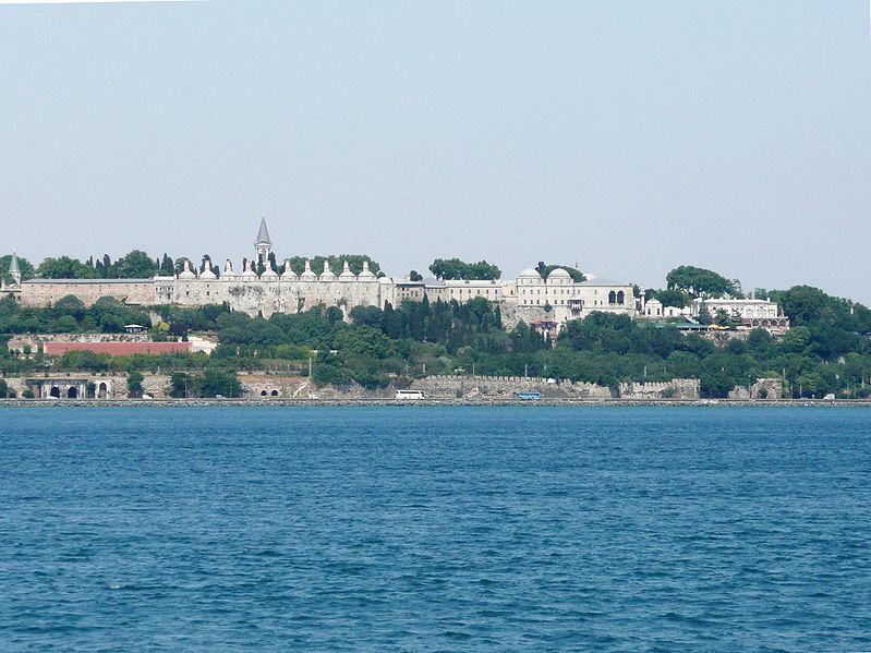Αρχείο:Topkapi Palace Bosphorus.JPG