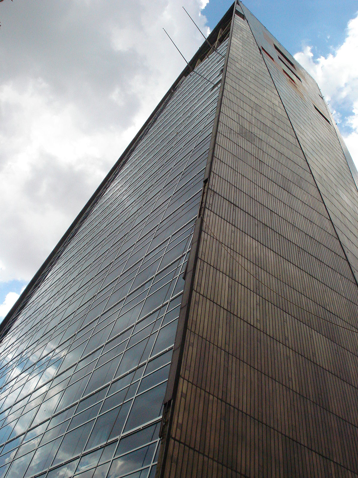 Torre Insignia Wikipedia La Enciclopedia Libre