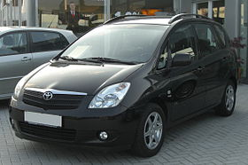 Toyota Corolla Verso I front.jpg