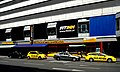 U4 Center Meidling - yellow cabs.jpg