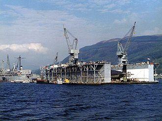 Holy Loch - Image: USS Los Alamos (AFDB 7) at Holy Loch in 1980s