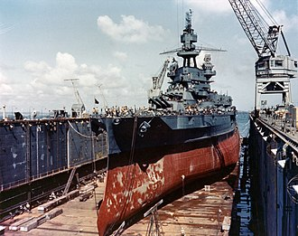 Pennsylvania-class battleship - Image: USS Pennsylvania (BB 38) drydocked in an Advanced Base Sectional Dock at the Pacific c 1944