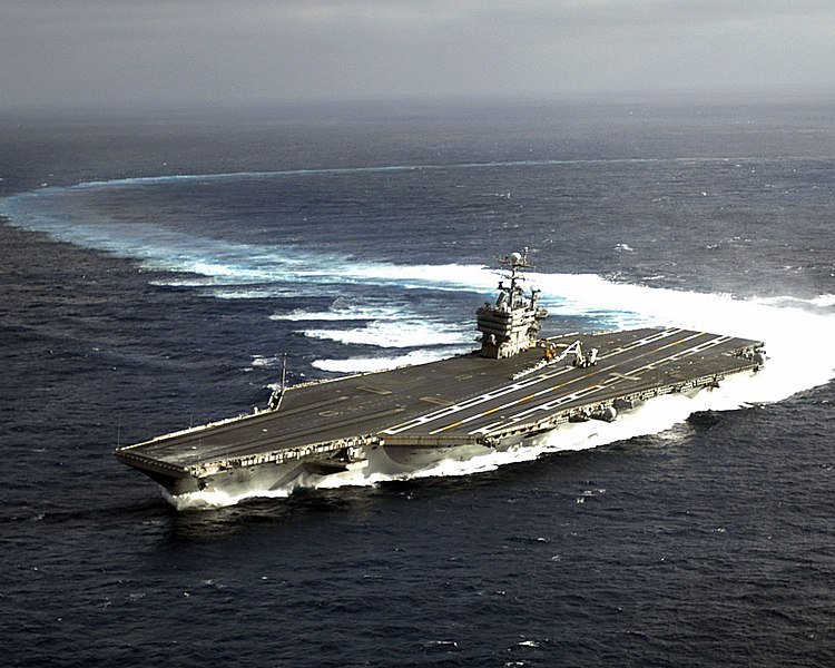File:US Navy 060111-N-1229B-002 The Nimitz-class aircraft carrier USS Abraham Lincoln (CVN 72) makes a high speed turn during the ship handling drills.jpg