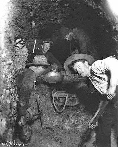 Underground-mining-klondike