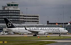 United Airlines (Star Alliance livery), Boeing 757-224(WL), N14120.jpg