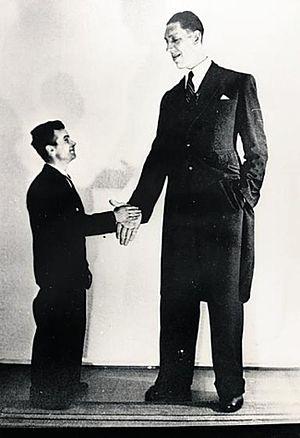 Väinö Myllyrinne - Väinö Myllyrinne (Right)