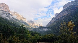 Ordesa y Monte Perdido National Park in the Pyrenees, a World Heritage Site Valley of Ordesa, Ordesa y Monte Perdido National Park, Spain.jpg
